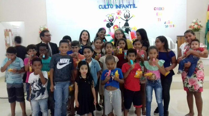 Culto infantil reúne várias crianças de Alagoa Grande